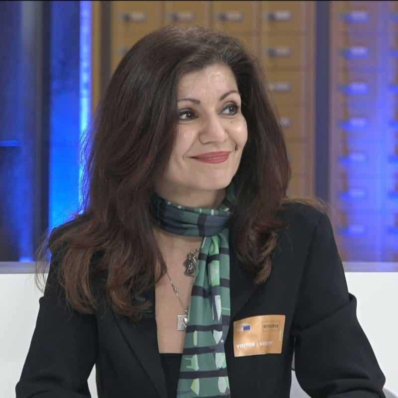 Συνέντευξη της Ωραιοζήλης-Τζίνας Δαβιλά
